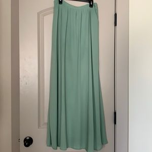S Bohme green flowy maxi skirt. Lined. Like new.